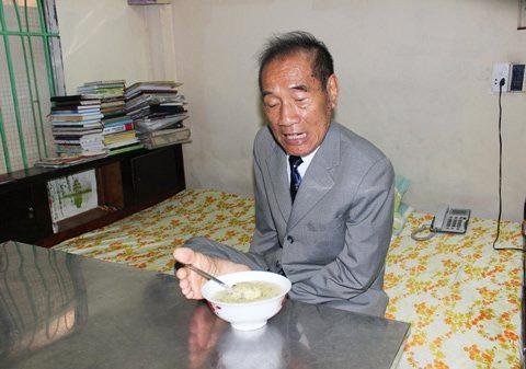 Thầy giáo Nguyễn Ngọc Ký của hôm nay - 1