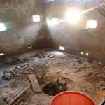 Tin tức trong ngày - 2 người chết vì mò vàng ăn cắp trong hố biogas