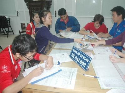 Nhiều trường tiếp tục tuyển nguyện vọng bổ sung - 1