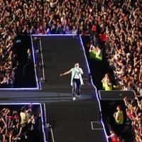 """80.000 người """"cháy"""" cùng Gangnam Style"""