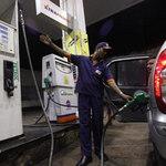 Thị trường - Tiêu dùng - Giá dầu thô thế giới tăng mạnh trở lại