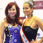 Thời trang - Đương kim Hoa hậu Quý bà đến Việt Nam