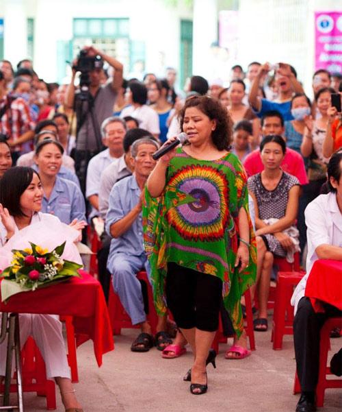 NSND Thanh Hoa mừng sinh nhật tuổi 63 - 1