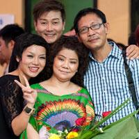 NSND Thanh Hoa mừng sinh nhật tuổi 63