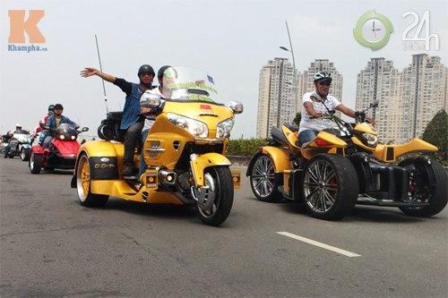 Đoàn môtô khủng dạo phố Sài Gòn - 1