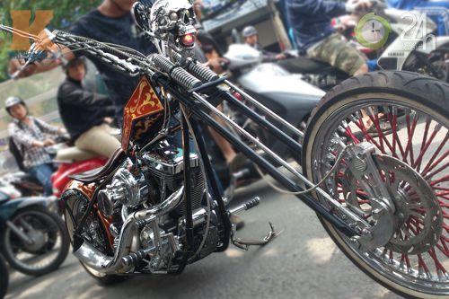 Đoàn môtô khủng dạo phố Sài Gòn - 6