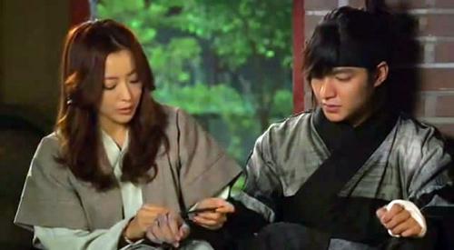 """15 pha """"yêu"""" của Lee Min Ho với bà chị - 7"""