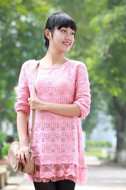 Mix áo len với váy trong ngày cuối Thu - 12