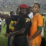 Bóng đá - Cisse, Drogba, Toure hú vía vì bạo loạn
