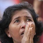 Tin tức trong ngày - Người dân Campuchia nức nở tiễn đưa cựu Vương