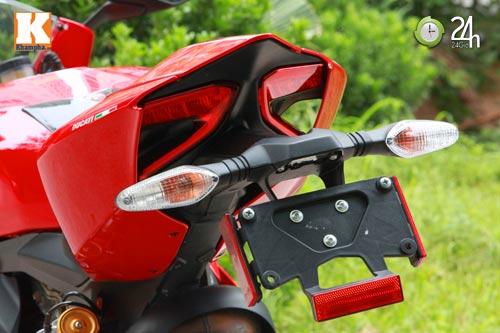 Cận cảnh siêu môtô Ducati Panigale S đầu tiên tại Hà Nội - 14