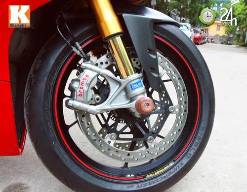 Cận cảnh siêu môtô Ducati Panigale S đầu tiên tại Hà Nội - 6