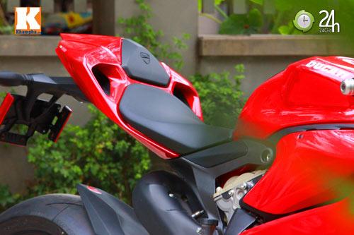 Cận cảnh siêu môtô Ducati Panigale S đầu tiên tại Hà Nội - 11