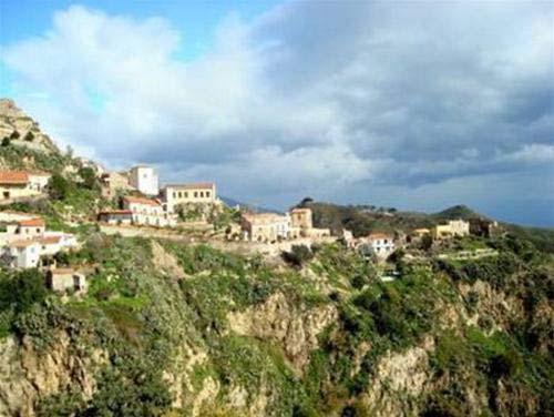 Làng chài Cửa Vạn: top những làng đẹp thế giới - 4