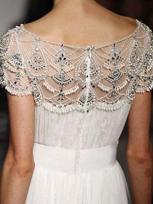 Váy cưới hợp mốt dành cho các tín đồ - 12