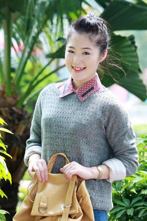 Thiếu nữ Hà thành làm điệu với áo len - 4