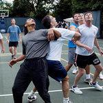 """Tin tức trong ngày - Khoảnh khắc """"hậu trường"""" của TT Obama"""