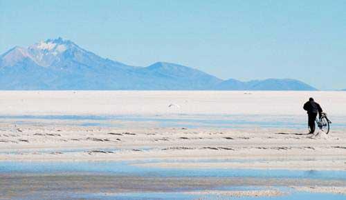 Cánh đồng muối tuyệt đẹp ở Bolivia - 7