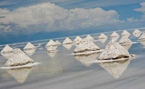 Cánh đồng muối tuyệt đẹp ở Bolivia - 2