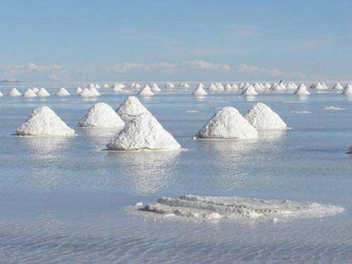 Cánh đồng muối tuyệt đẹp ở Bolivia - 1