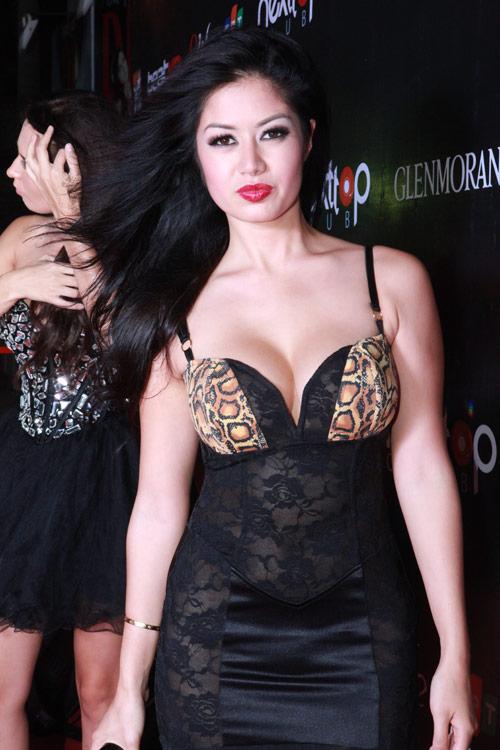 DJ gốc Việt sexy đêm Hà thành - 2