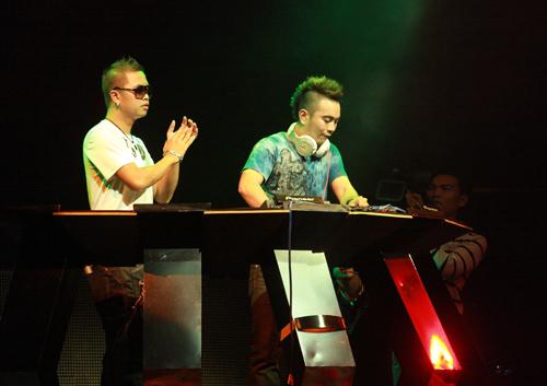 DJ gốc Việt sexy đêm Hà thành - 4