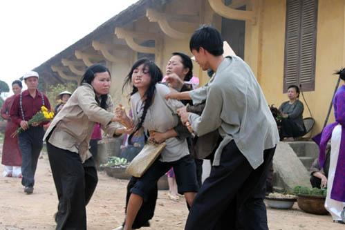 """Những nàng """"vịt hóa thiên nga"""" trong phim Việt - 8"""