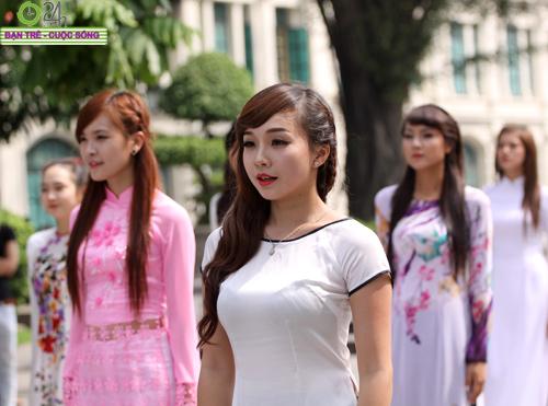 Những gương mặt khả ái của Hoa khôi HN - 3