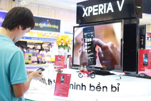 """Dế """"khủng"""" tại Mobile Vietnam 2012 - 4"""