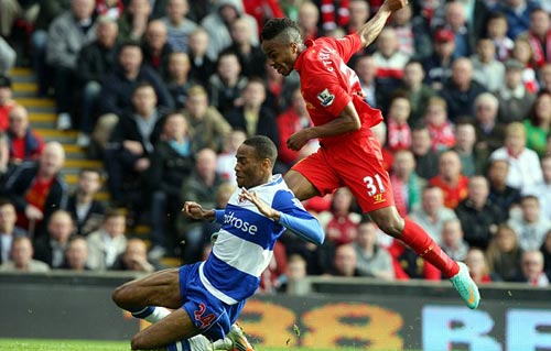 Liverpool - Reading: Giải cơn khát - 1