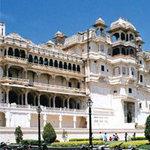 Du lịch - Chìm trong vẻ đẹp cung điện Gió mùa