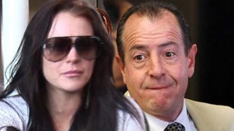 Lindsay Lohan gọi cảnh sát xua đuổi bố - 2
