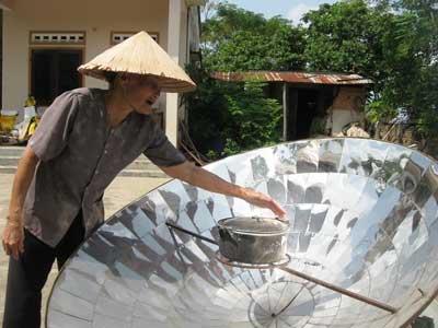 """Hoang phí """"làng năng lượng mặt trời"""" - 1"""