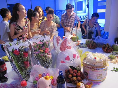 Đột nhập dinh cơ Top 9 Vietnam Idol - 8