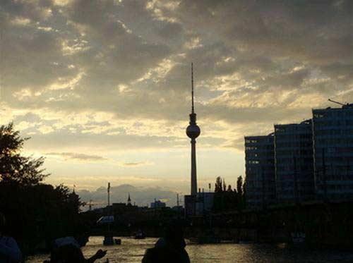 Ngắm Berlin từ sông Spree - 9