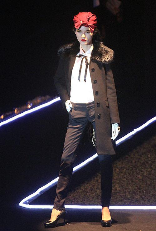Milano show: Câu chuyện của quần áo - 17