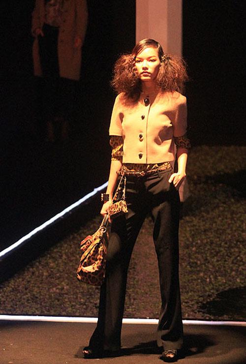 Milano show: Câu chuyện của quần áo - 13