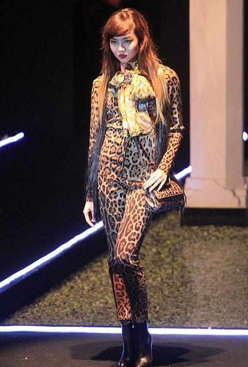 Milano show: Câu chuyện của quần áo - 5