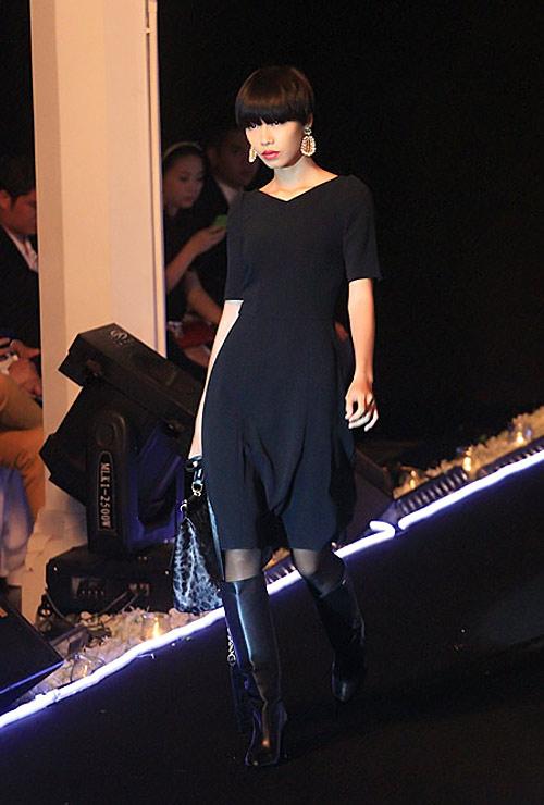 Milano show: Câu chuyện của quần áo - 4