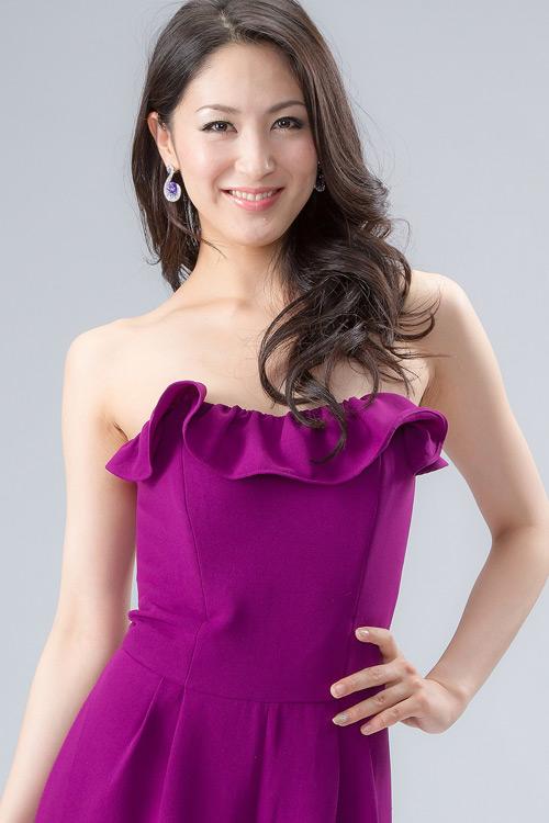 Tân Hoa hậu Quốc tế bị chê kém sắc - 15