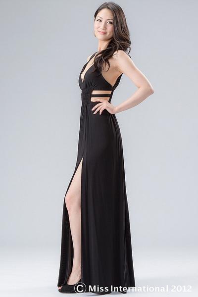 Tân Hoa hậu Quốc tế bị chê kém sắc - 12
