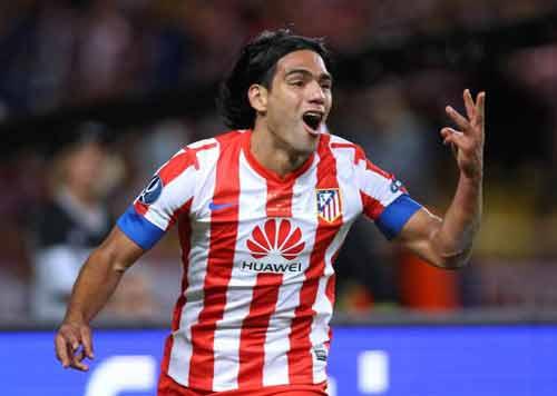 Liga sau vòng 8: Siêu nhân Messi - 2