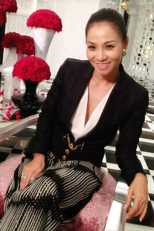"""Thu Minh mặc đồ hiệu """"khủng"""" ở The Voice - 3"""