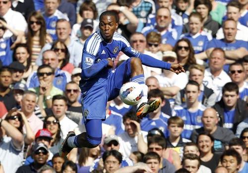 """Chelsea & 3 """"số 10"""": Bóng đá đẹp là đây! - 2"""