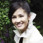 Ngôi sao điện ảnh - Hồng Nhung: Tôi ích kỷ hơn Mỹ Linh