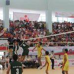 Thể thao - Bóng chuyền sinh viên toàn quốc: Chủ nhà thẳng tiến