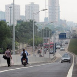 Tin tức trong ngày - HN: Vi phạm tràn lan tại đường trên cao