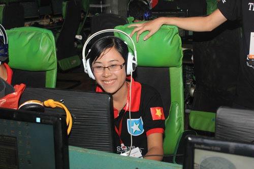 Cháy hết mình cùng VEC 2012 vòng loại Hà Nội - 5