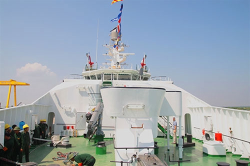 Khám phá tàu Cảnh sát biển hiện đại nhất VN - 8