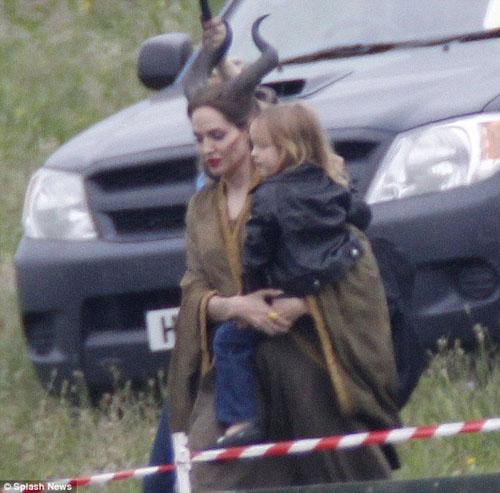 Pax Thiên đóng phim cùng Angelina Jolie - 4